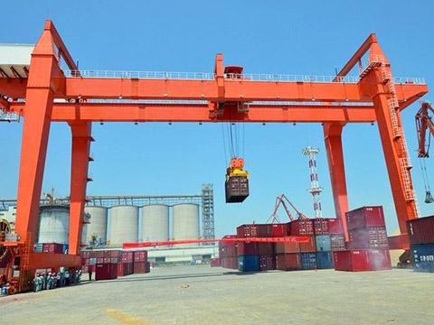 Контейнерный козловой кран г/п 50 тонн в Китае
