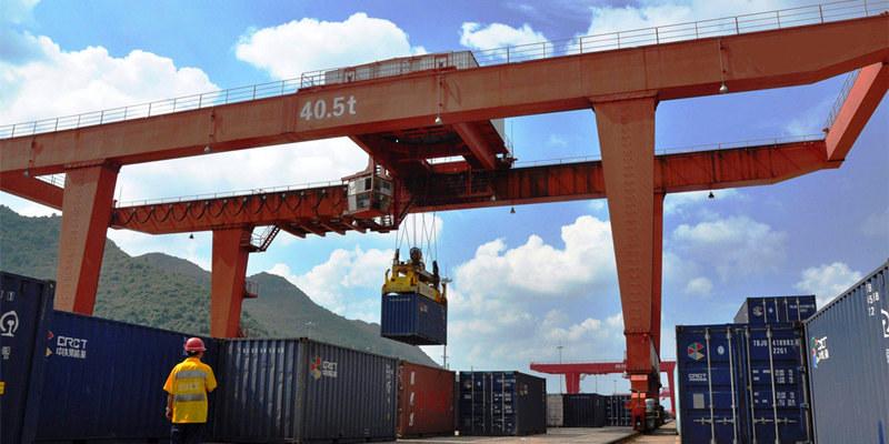 Продам кран козловой контейнерный цена в Китае